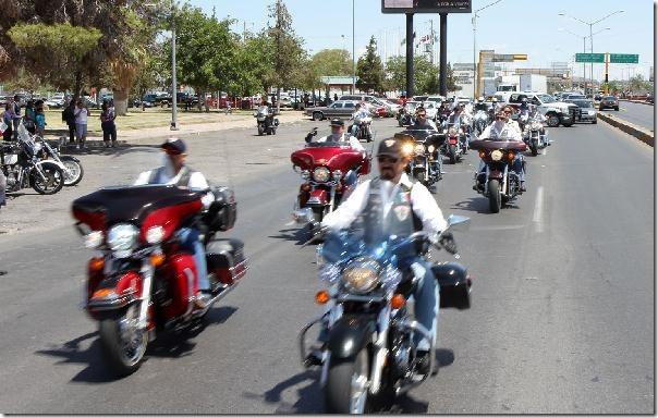 Banderazo de inicio del Recorrido Motociclista _9851