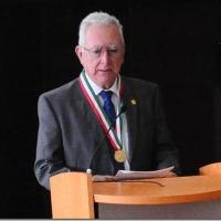 RECIBE DR. VÍCTOR OROZCO MEDALLA DEL CONGRESO