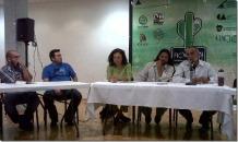2012-10-11-fic-vagon-debate