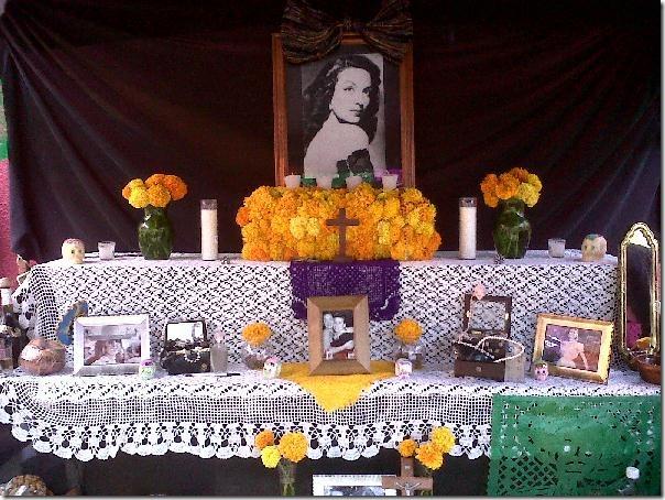 2012-11-03-dia-muertos-iada-altares (3)