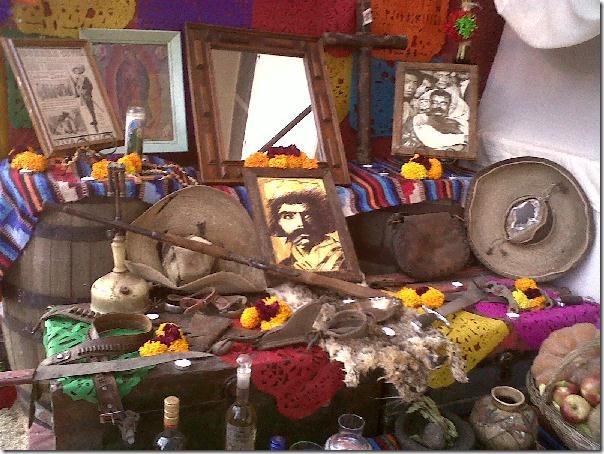 2012-11-03-dia-muertos-iada-altares (4)