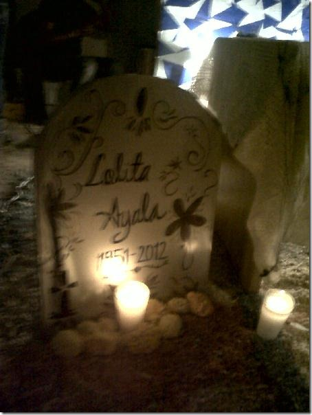 2012-11-03-dia-muertos-iada-tumbas (11)