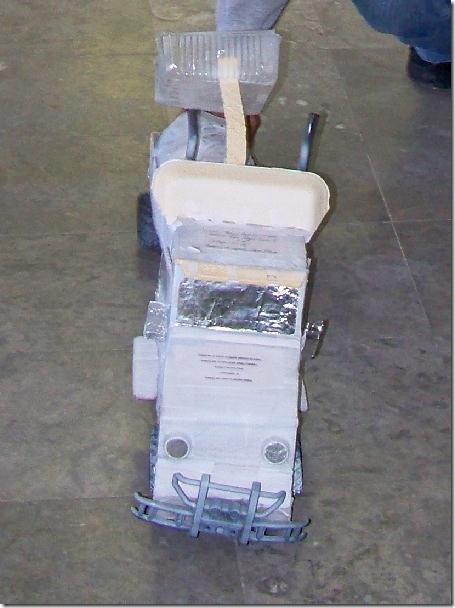 2012-11-12-juguetes-reciclados (3)