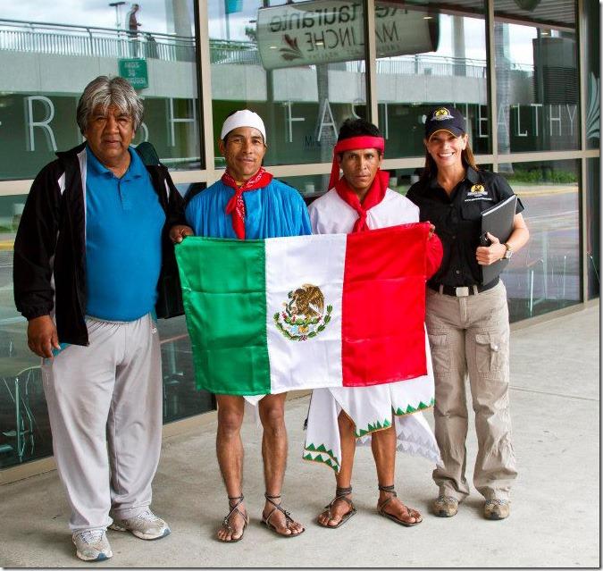 2012-11-28-maratonistas-raramuris (2)