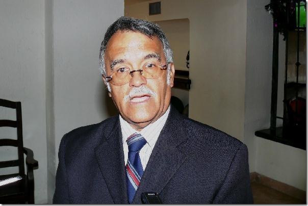 2012-12-16-colegio-cirujanos-dr-cataño