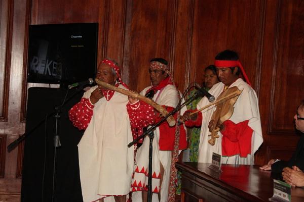 2012-12-21-camilo-bautista-premio (2)