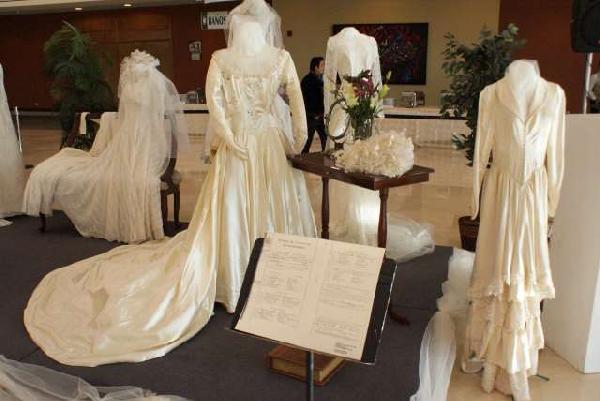 2013-01-17-expo-vestidos-novia (1)