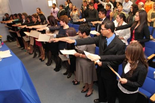 2013-03-15-juramento-enfermeria