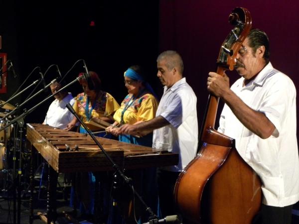 2013-08-18-marimba-petite-band (1)