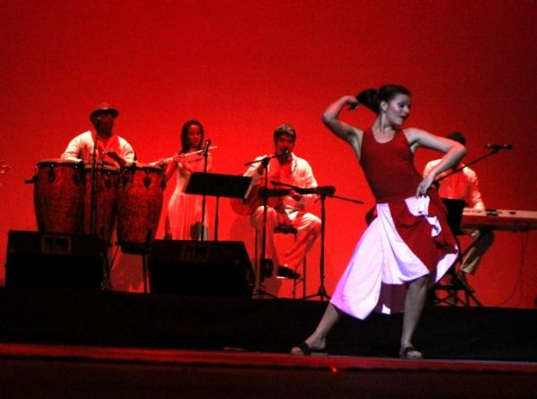 2013-09-17-9o-fich-habana-compas-dance (18)