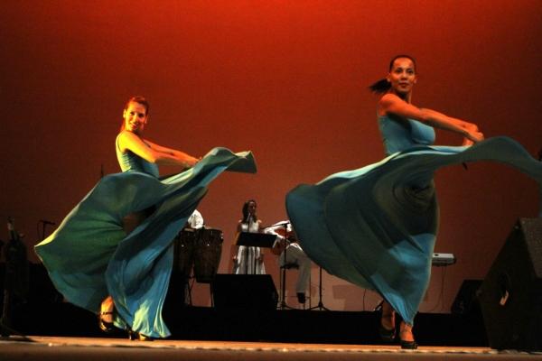 2013-09-17-9o-fich-habana-compas-dance (23)