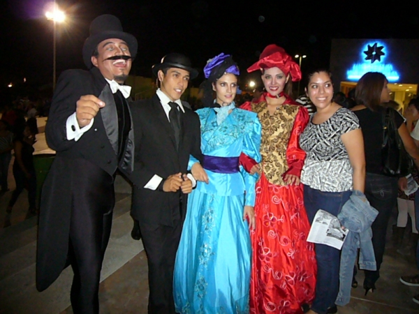 2013-09-19-posada-fans (11)
