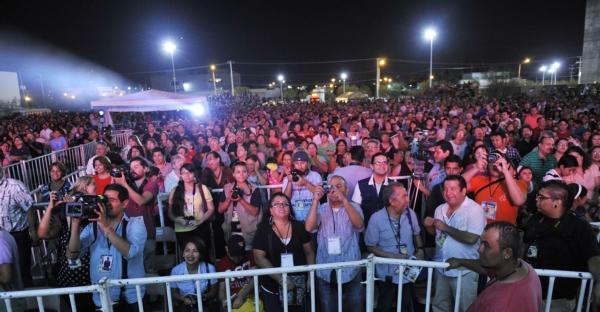 2013-09-21-9o-fich-inauguracion-masivos (1)