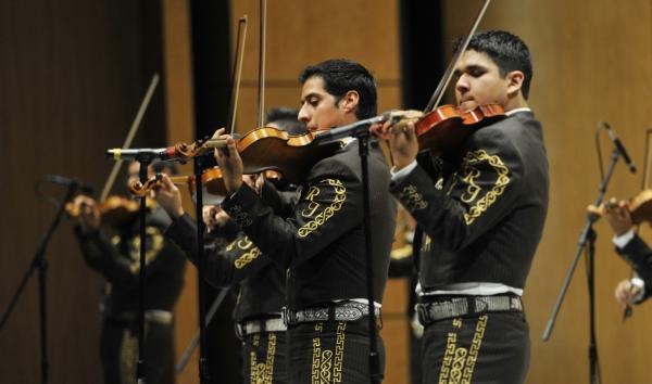 2013-09-22-9o-fich-osuacj-mariachi (4)
