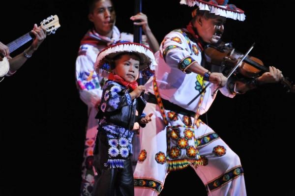 2013-10-03-9o-fich-soy-mariachi (4)