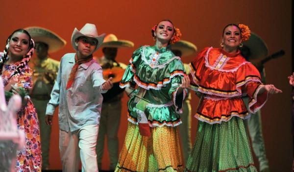 2013-10-03-9o-fich-soy-mariachi (8)