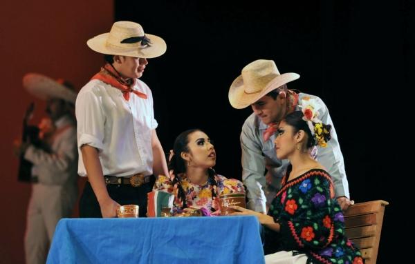 2013-10-03-9o-fich-soy-mariachi (9)