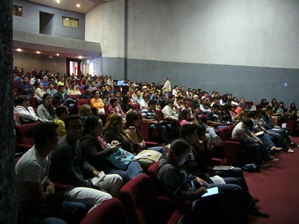 2013-10-12-sebastian-conferencia (17)