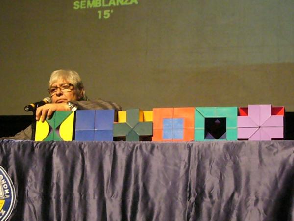 2013-10-12-sebastian-conferencia (18)