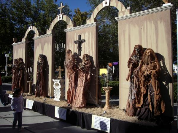 2013-10-02-xxxi-altares-y-tumbas (6)