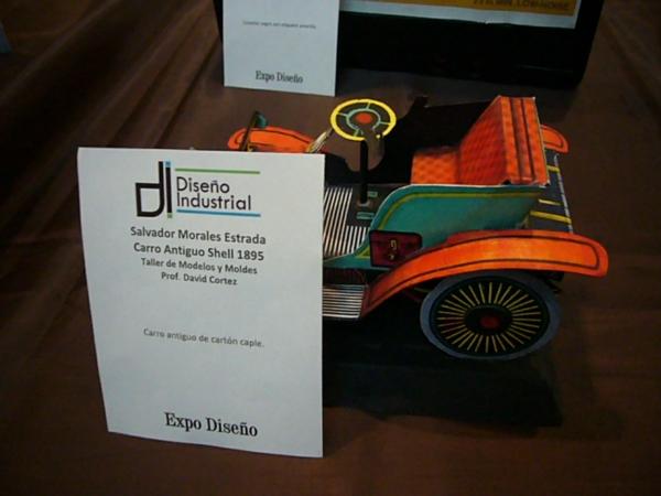 2013-11-30-expo-diseno-uacj (20)