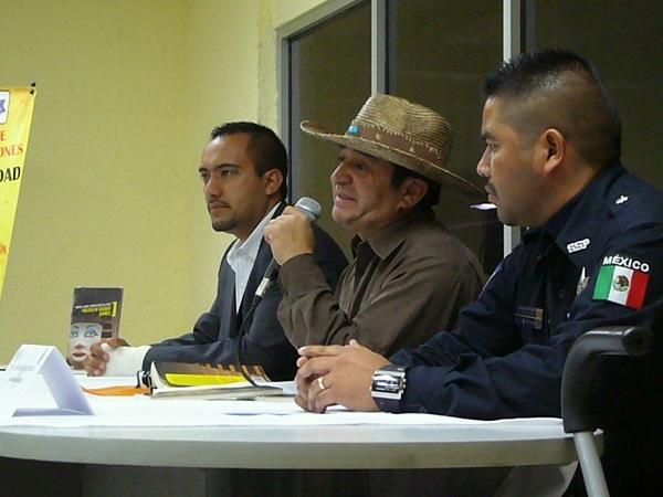 2014-01-13-policia-cd-jz-academia (2)