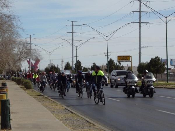 2014-02-01-bicicletada-uacj (15)