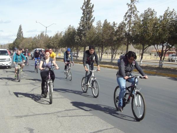 2014-02-01-bicicletada-uacj (36)