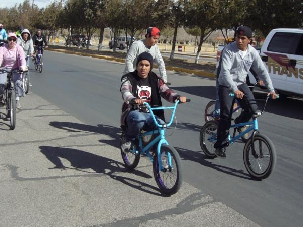 2014-02-01-bicicletada-uacj (39)