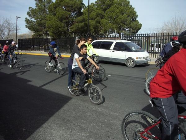 2014-02-01-bicicletada-uacj (8)