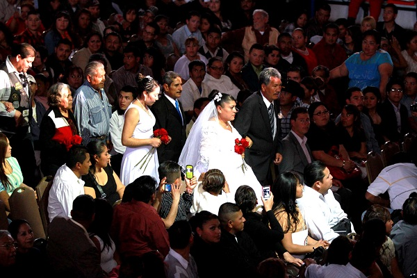 2014-02-14-matrimonios-colectivos (2)