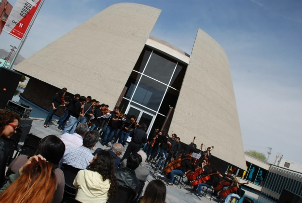 2014-03-07-museo-arte-50-anios (8)