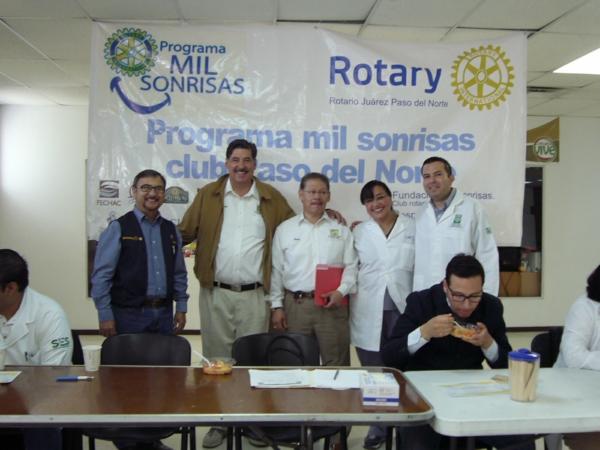 2014-03-29-mil-sonrisas-rotarios (5)
