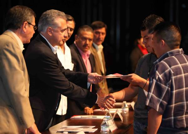 2014-06-29-becas-municipales (3)