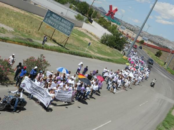 2014-08-24-marcha-justicia-para-laura (18)