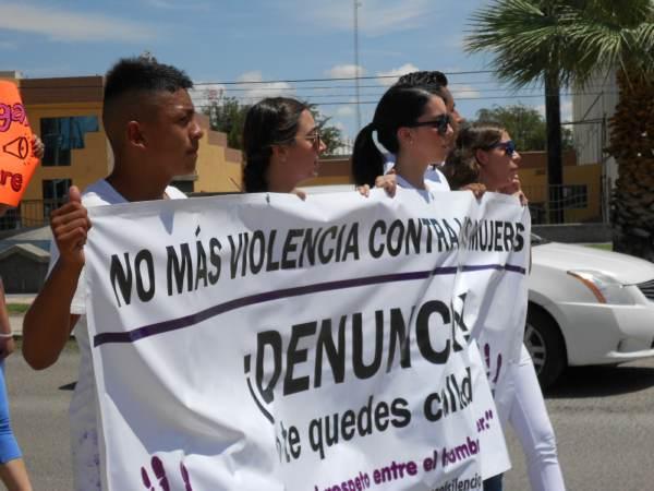 2014-08-24-marcha-justicia-para-laura (21)