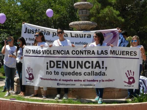 2014-08-24-marcha-justicia-para-laura (24)
