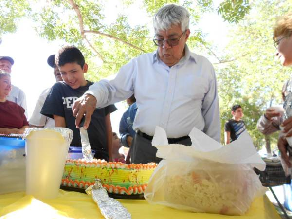 2014-08-31-festejo-braceros-cumpleaños (10)