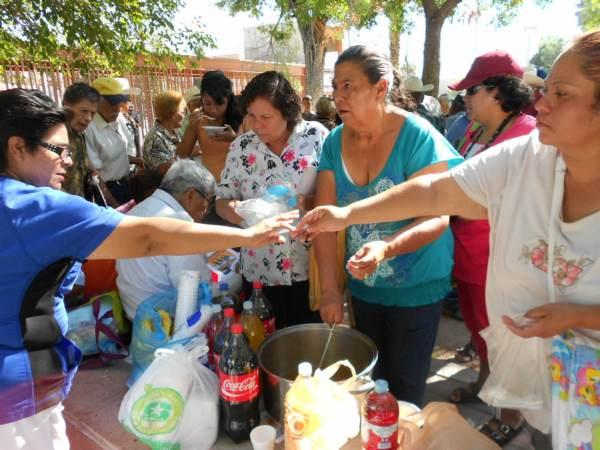 2014-08-31-festejo-braceros-cumpleaños (17)