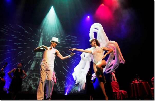 2014-08-20-10o-fich-paris-le-spectacle (1)