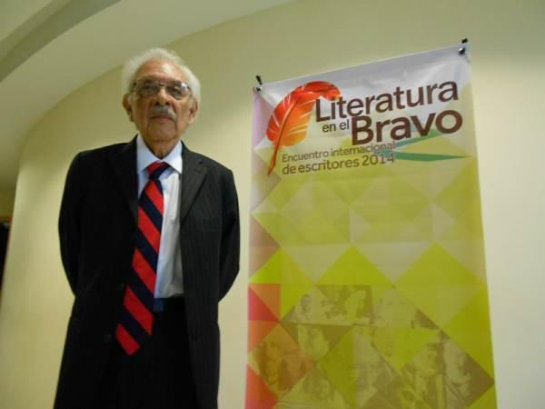 2014-09-22-medalla-a-juan-bañuelos (5)