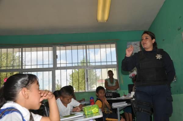 2014-09-27-grupo-16-a-escuela (5)