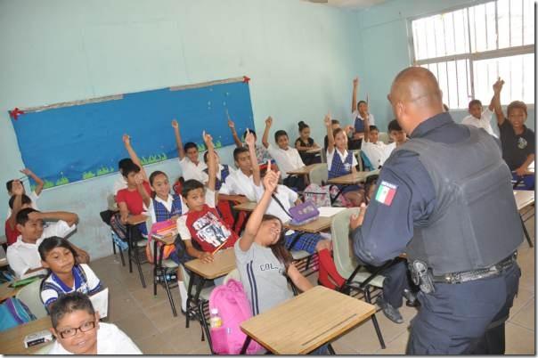 2014-09-27-grupo-16-a-escuela (1)