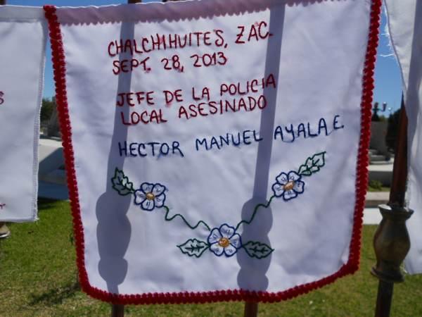 2014-10-06-bordados-y-letrero (6)