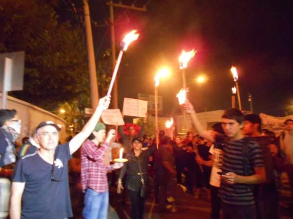 2014-10-22-2a-marcha-por-ayotzinapa (12)