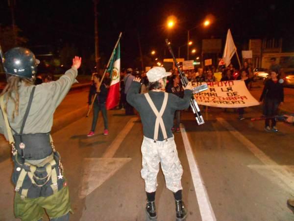 2014-10-22-2a-marcha-por-ayotzinapa (14)