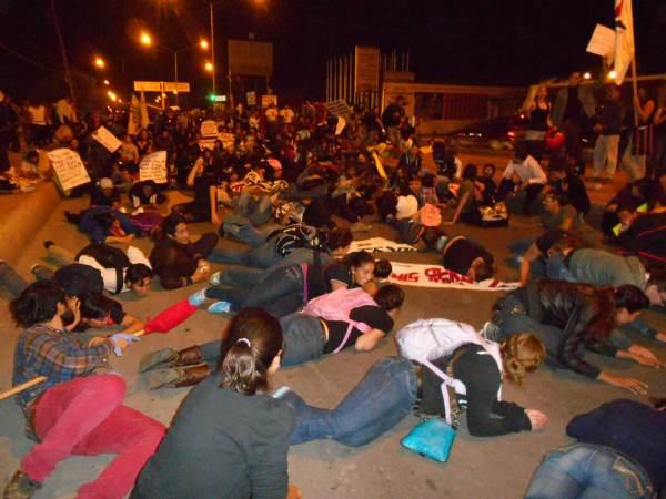 2014-10-22-2a-marcha-por-ayotzinapa (16)