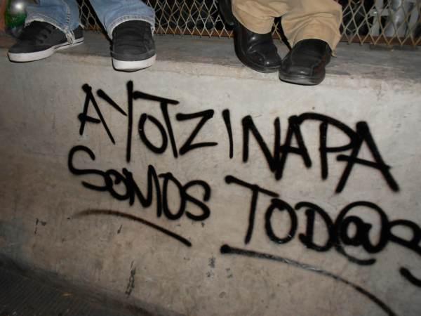 2014-10-22-2a-marcha-por-ayotzinapa (32)