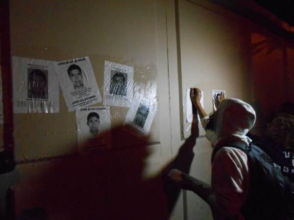 2014-10-22-2a-marcha-por-ayotzinapa (5)