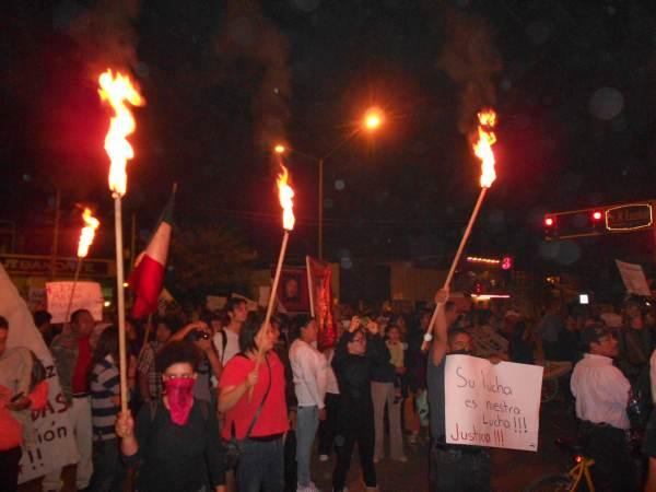 2014-10-22-2a-marcha-por-ayotzinapa (9)